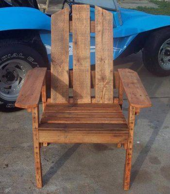 recycled pallet chair