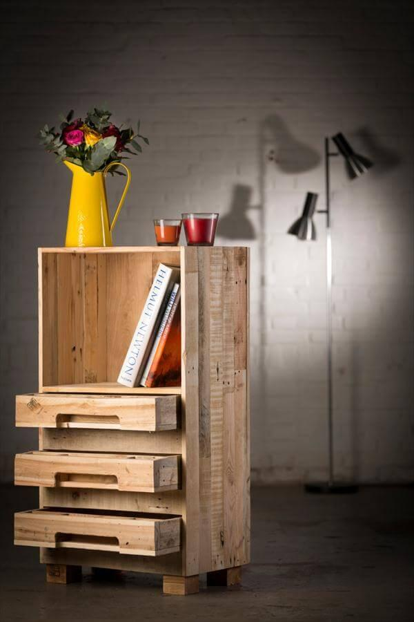 diy wooden pallet cupboard