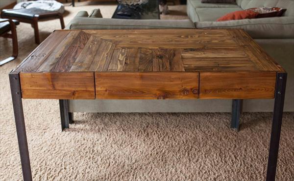 recycled pallet desk with drawers and metal legs