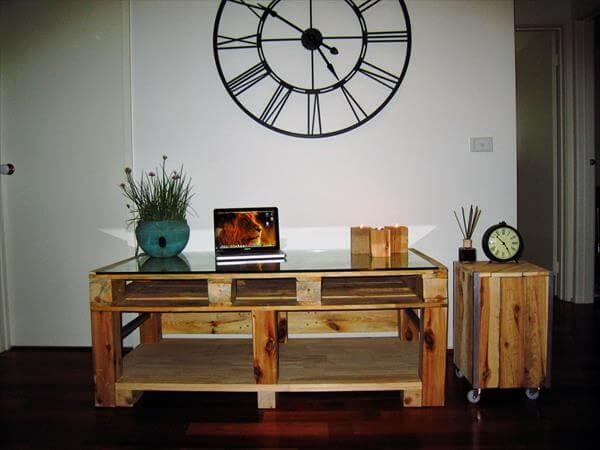 repurposed pallet TV unit