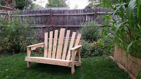 upcycled pallet adirondack bench