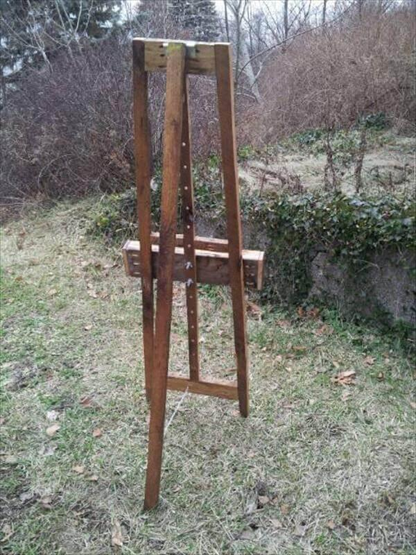 handcrafted pallet painters Easel