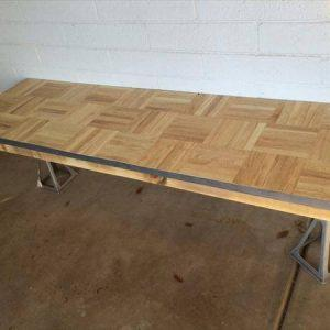 recycled pallet table or bench