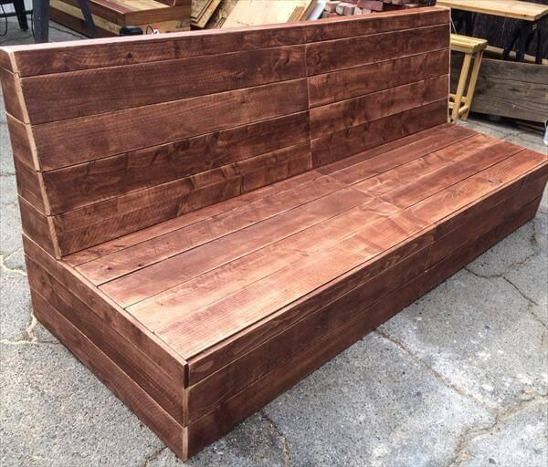 reclaimed pallet beefy patio sofa