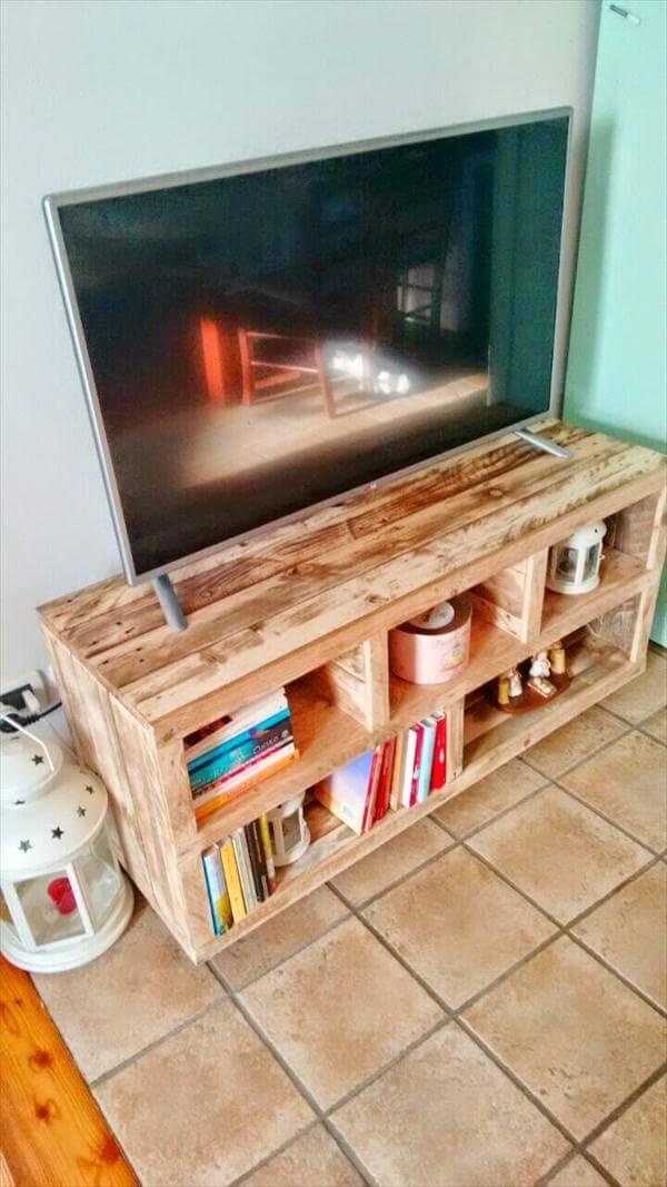 recycled pallet media cabinet and TV stand
