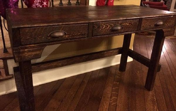 repurposed pallet wood desk with 3 drawers