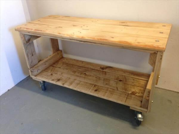 diy pallet media unit with storage and wheels