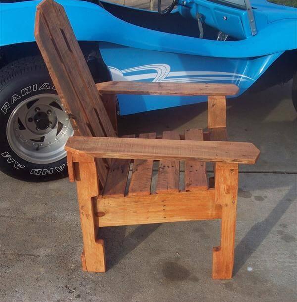 handmade pallet artistic chair