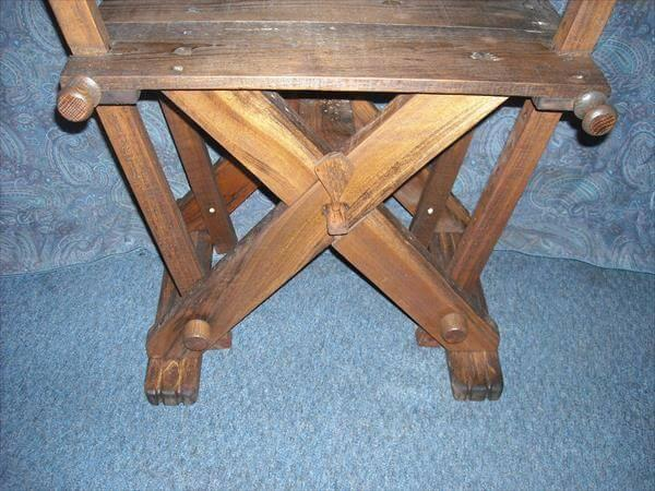 vintage inspired pallet reenactment camp chair