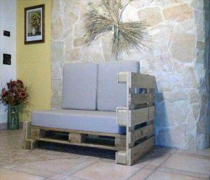 DIY Pallet Two Seated Sofa with Side Support!