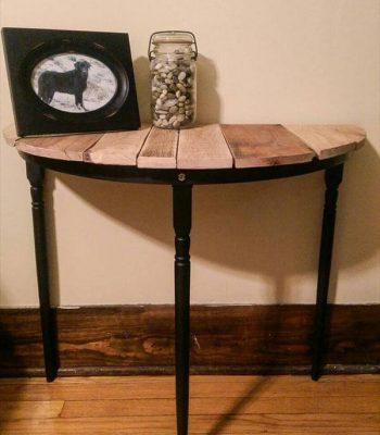 recycled pallet half circle entryway table