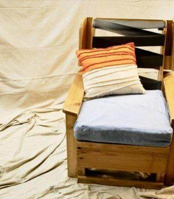reclaimed pallet industrial armchair