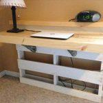 reclaimed pallet wall mount desk
