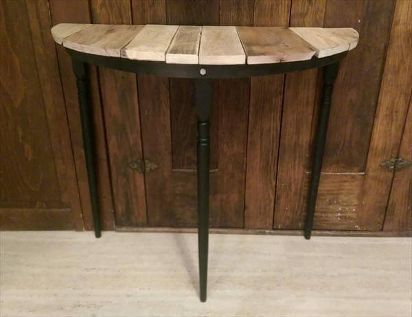 Beau Reclaimed Half Circle Pallet Entryway Table And Side Table