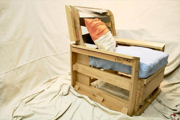 handcrafted pallet cushioned armchair