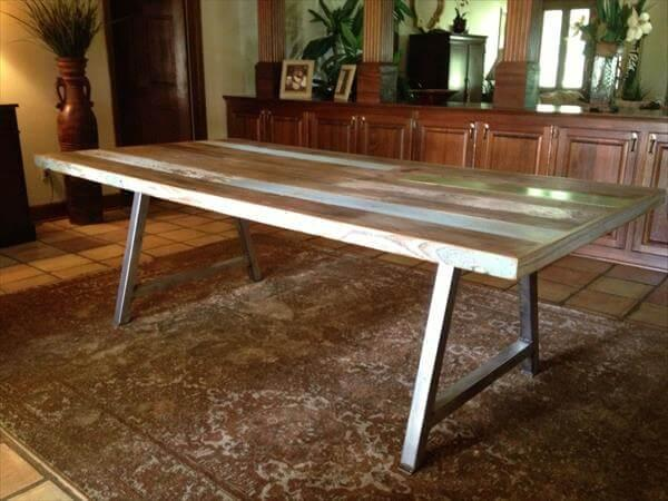 recycled pallet dining table with steel legs