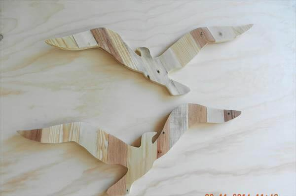 upcycled pallet seagulls wall art