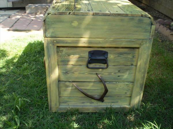 handmade pallet chest with metal handles