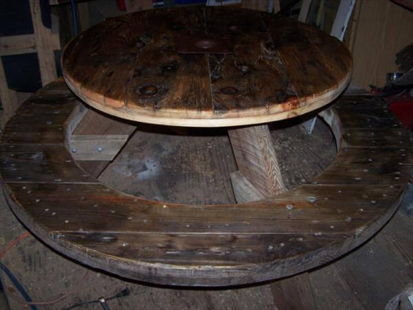 reclaimed pallet and cable spool picnic table table