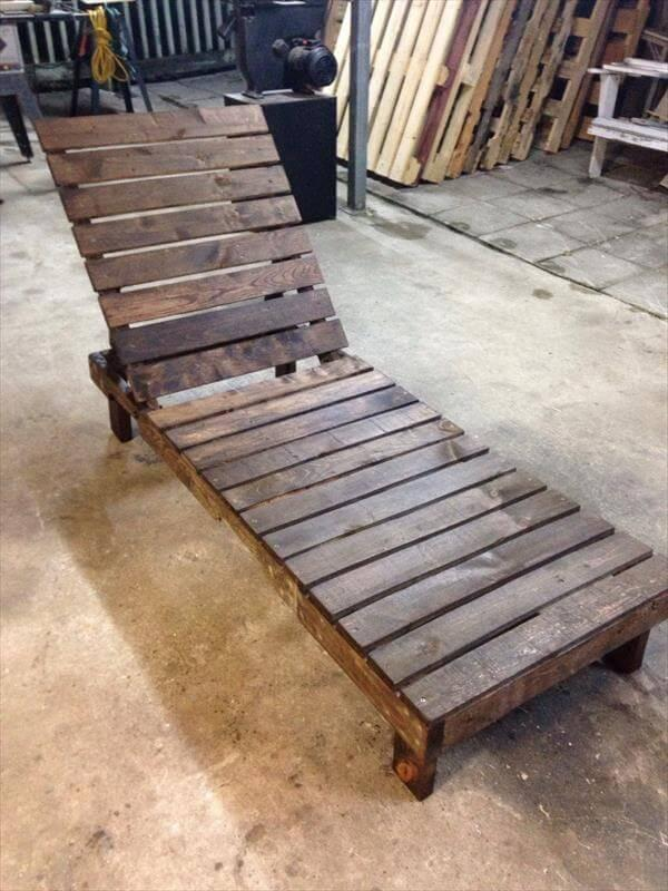 upcycled pallet outdoor lounge chair
