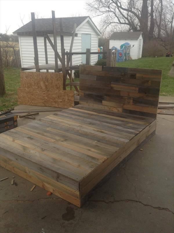 Install The Pallets Into Beautiful Diy Bed 101 Pallets