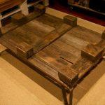 recycled pallet coffee table with glass top