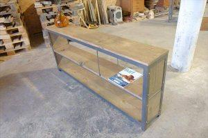 DIY Pallet and Raw Iron Console Table