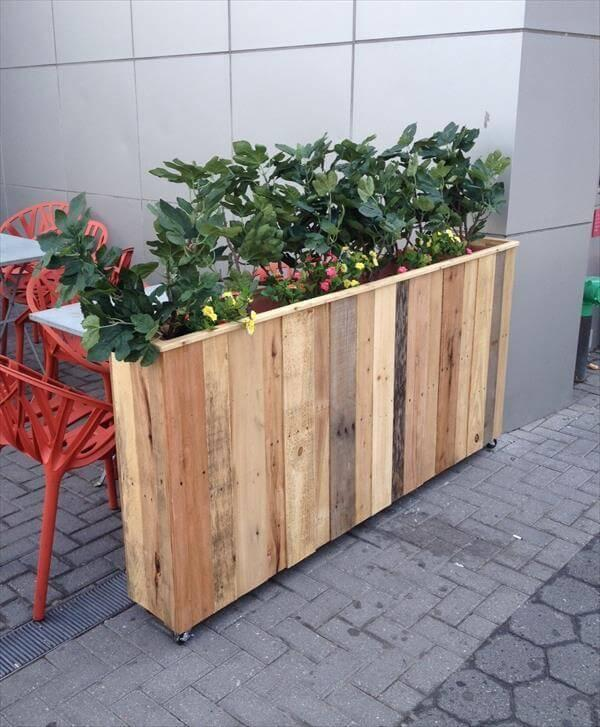 upcycled wooden pallet planter box
