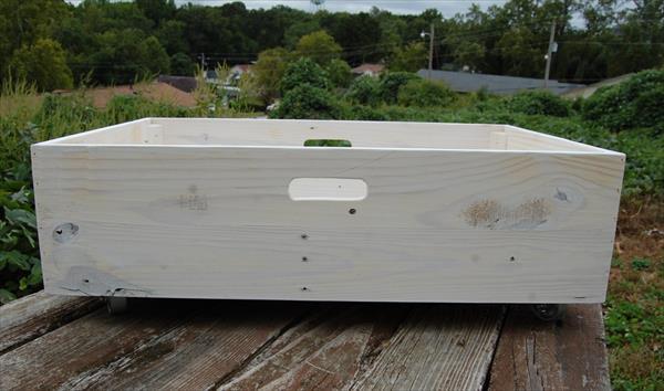 salvaged pallet under bed storage crate