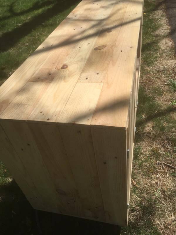 handmade wooden pallet media unit