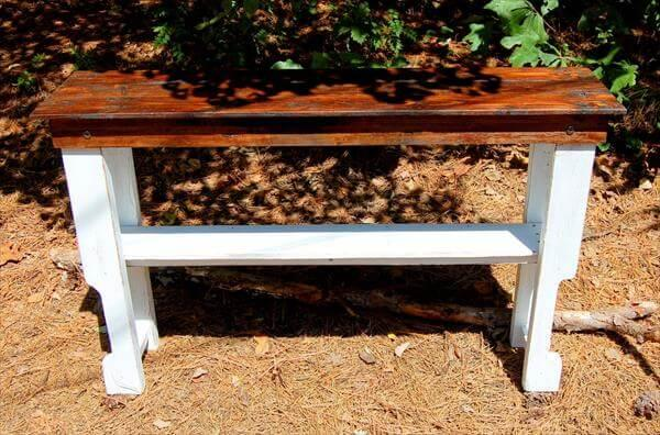 repurposed pallet console and entryway table