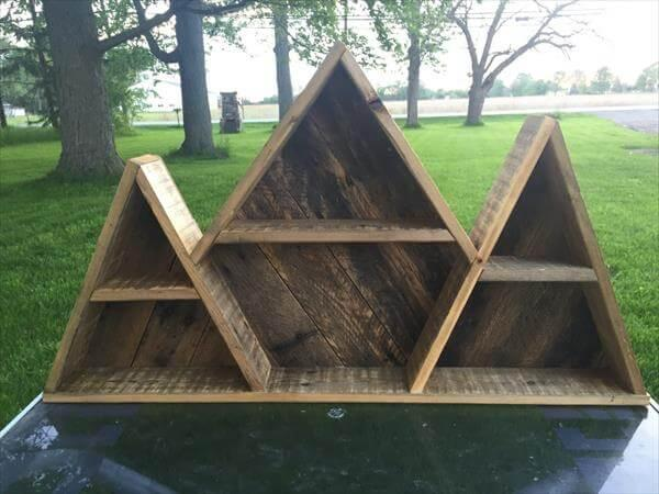 repurposed pallet mountain shelf