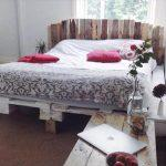 recycled pallet shabby chic bed