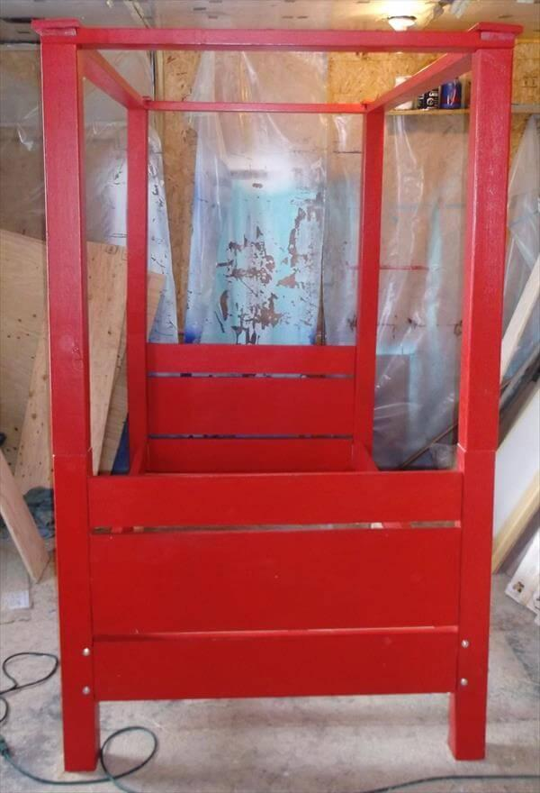 upcycled pallet canopy bed