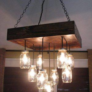 DIY pallet and Mason jars chandelier