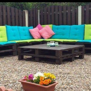 diy pallet patio sitting plan