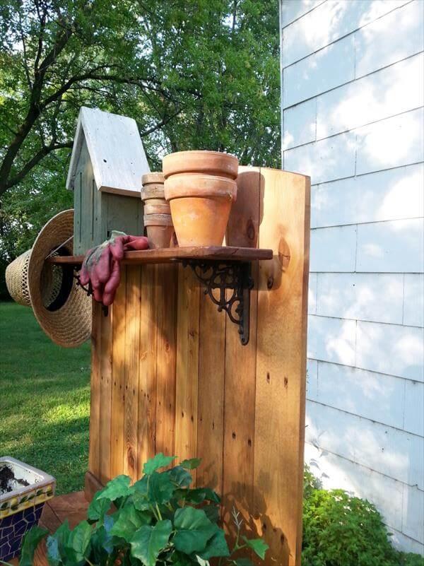 DIY Wood Pallet Potting Bench - 101 Pallets
