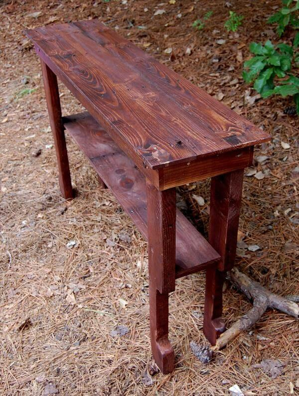 recycled pallet sofa or hallway table