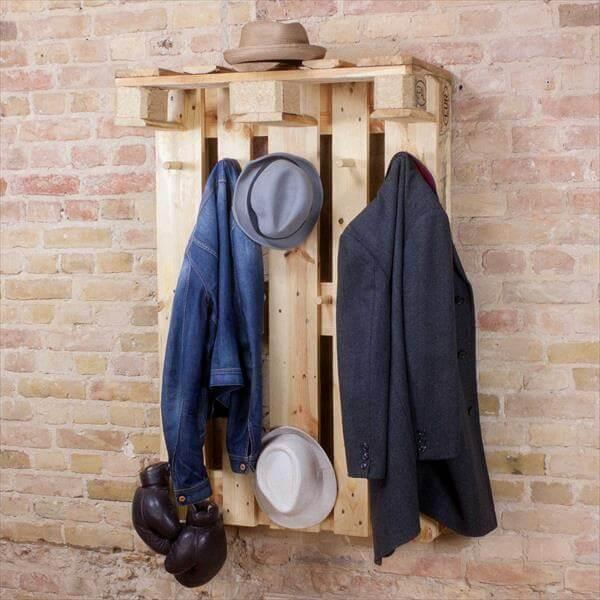 Diy Euro Pallet Coat Rack Hanging Wardrobe 101 Pallets