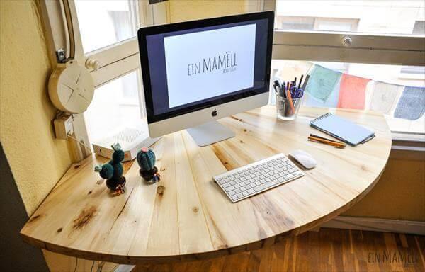 Diy Pallet Wood Corner Computer Desk 101 Pallets