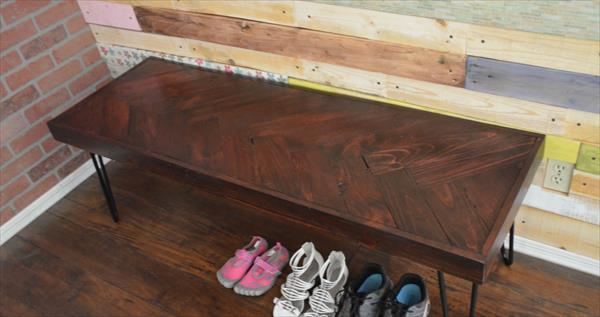 Diy Pallet Bench With Metal Hairpin Legs 101 Pallets