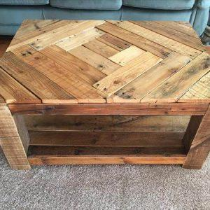 hand pallet coffee table with built-in shelf