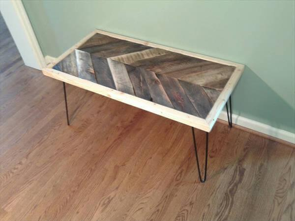 Diy Pallet Chevron Table With Hairpin Legs 101 Pallets