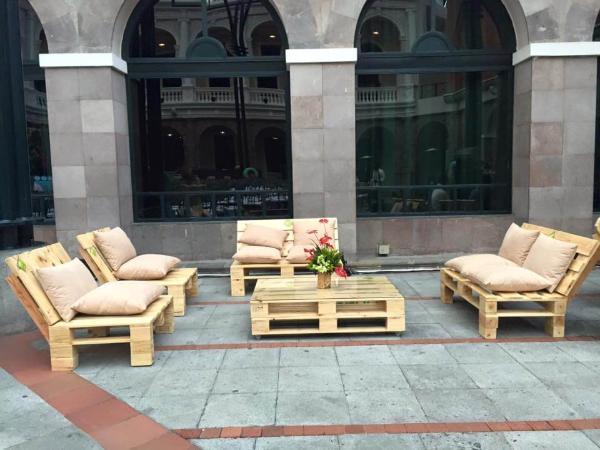pallet seating set
