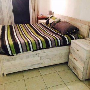 repurposed pallet bed with nightstands
