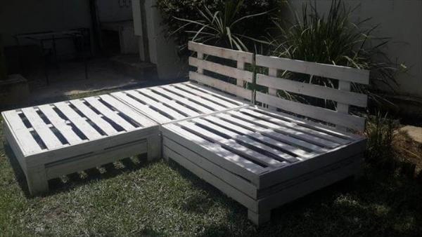 repurposed pallet garden furniture set