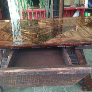 wooden pallet handmade coffee table with drawer