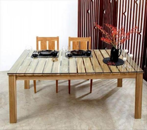 recycled pallet dining table