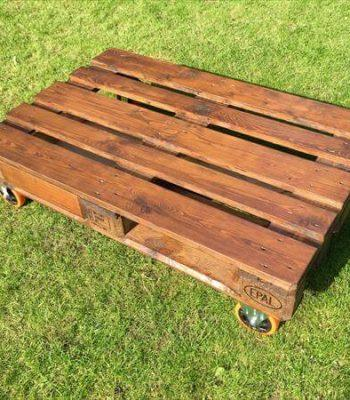 TV cabinet made of pallets