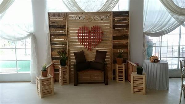Diy Pallet Wedding Stage Wall Room Divider 101 Pallets